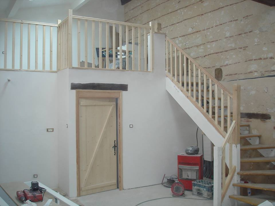 Aménagement escalier avec son garde corp