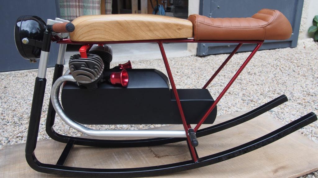 moto bascule