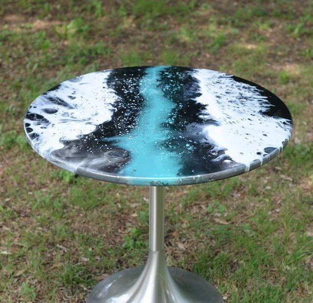 Création table bistro en résine et epoxy - Réalisations proche d'Eymet